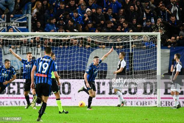 Atalanta's German defender Robin Gosens celebrates after opening the scoring during the Italian Serie A football match Atalanta Bergamo vs Juventus...
