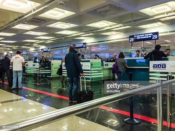 アタチュルク空港のパスポート制御,イスタンブール,トルコ