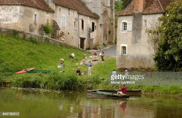atelier de peinturenature dans ce village pittoresque au riche patrimoine sur les rives de l'Anglin