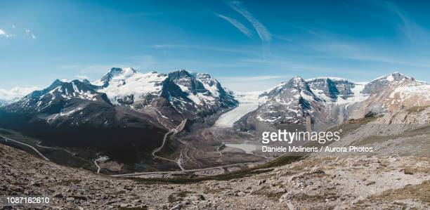 athabasca glacier, alberta, canada - columbia icefield stock pictures, royalty-free photos & images