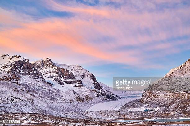 athabasca glacier,alberta,canada - columbia icefield stock pictures, royalty-free photos & images