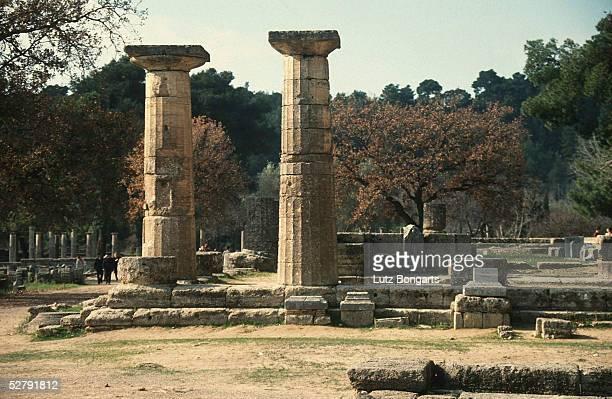 Athen 2004 Olympia Austragungsort der ersten Olympischen Spiele 776 v Chr G Kultstaette Hain von Olympia