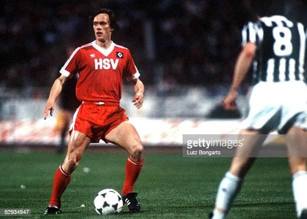 LANDESMEISTER 1983 Athen HAMBURGER SV JUVENTUS TURIN 10 Bernd WEHMEYER/HSV