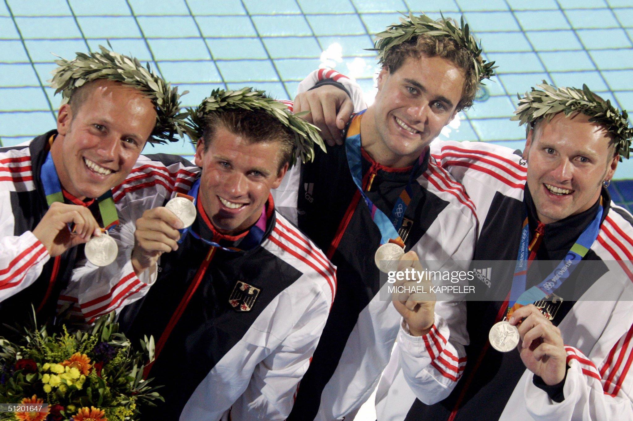 Germany's silver medalists (L-R) Jens Kr : Fotografía de noticias