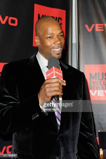 Athlete Cliff Robinson arrives at the NBA Players Association AllStar Gala at JW Marriott Los Angeles at LA LIVE on February 19 2011 in Los Angeles...