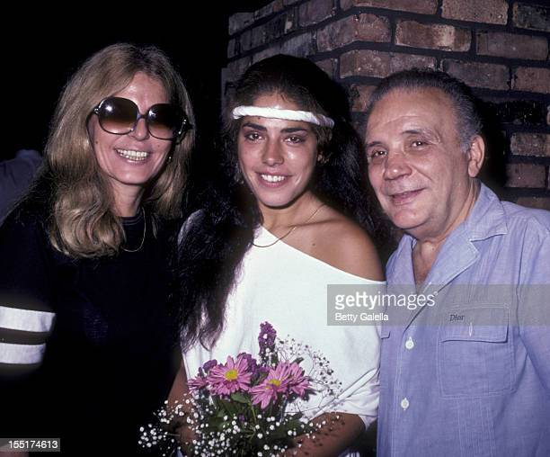 Athlete Jake LaMotta wife Vicki LaMotta and daughter Stephanie LaMotta sighted on July 29 1983 at Tony Roma's Restaurant in New York City