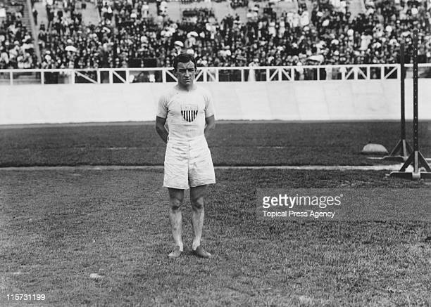US athlete Johnny Hayes wins the marathon at the 1908 Summer Olympics in London 24th July 1908 Italy's Dorando Pietri was in fact the first to reach...