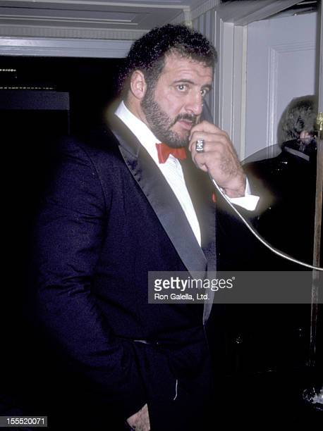 Athlete Lyle Alzado attends The First Annual Great Sports Legends Dinner to Benefit The Marc Buoniconti Fund/Miami Project to Cure Paralysis on...