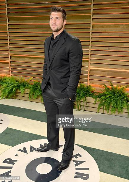 Athlete Tim Tebow attends the 2014 Vanity Fair Oscar Party Hosted By Graydon Carter on March 2 2014 in West Hollywood California