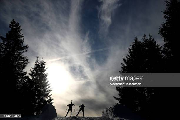 Athletes compete during the Men 10 km Sprint Competition at the IBU World Championships Biathlon Antholz-Anterselva on February 15, 2020 in...