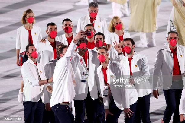 Athletes from Team Spain pose for a photo during the Opening Ceremony of the Tokyo 2020 Olympic Games at Olympic Stadium on July 23, 2021 in Tokyo,...