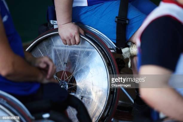 athletes in wheelchairs - cliqueimages photos et images de collection