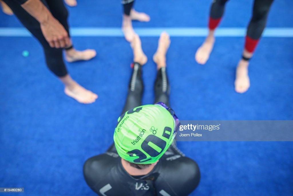Athletes prepare prior the elite mixed relay race at the Hamburg Wasser ITU World Triathlon Championships 2017 on July 16, 2017 in Hamburg, Germany.