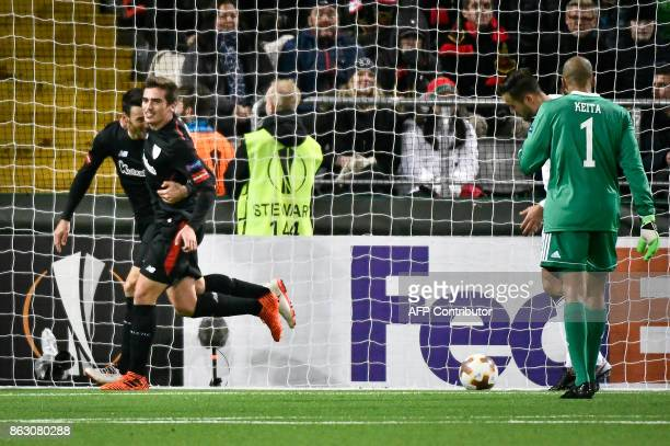 Athletic Aritz Aduriz celebrates scoring the opening goal with his teammates during the UEFA Europa League group F fotball match Ostersund v Athletic...