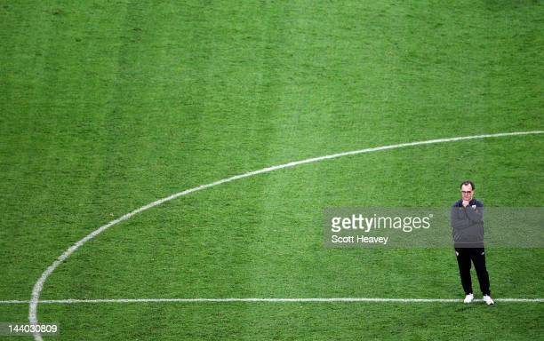 Athletic Bilbao coach Marcelo Bielsa looks on during the Athletic Bilbao training session ahead of the UEFA Europa League Final between Atletico...