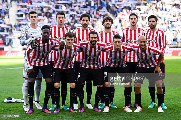Athletic Bilbao players pose for a team picture during the La Liga match between RCD Espanyol and Athletic Bilbao at CornellaEl Prat Stadium on...