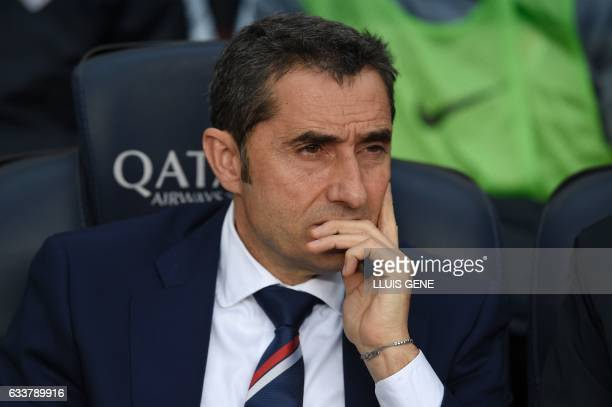 Athletic Bilbao's coach Ernesto Valverde looks on during the Spanish league football match FC Barcelona vs Athletic Club Bilbao at the Camp Nou...