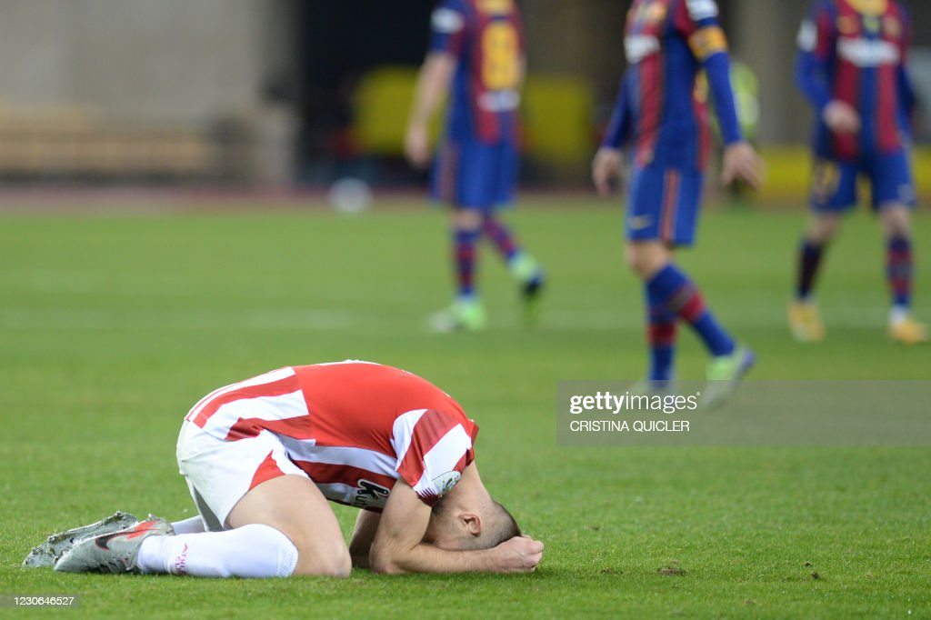FBL-ESP-SUPER CUP-BARCELONA-ATHLETIC : News Photo