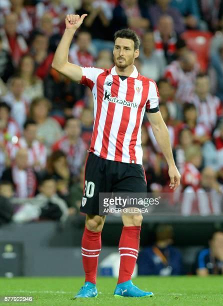 Athletic Bilbao's Spanish forward Aritz Aduriz gestures during the Europa League football match Athletic Club Bilbao vs Hertha BSC Berlin at the San...