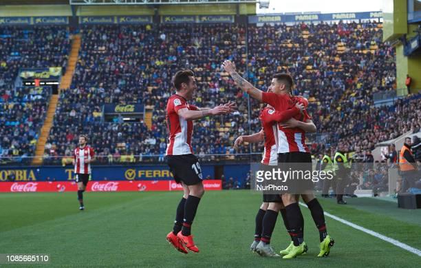 Athletic Club de Bilbao players celebrates a goal during the La Liga Santander match between Villarreal and Athletic Club de Bilbao at La Ceramica...