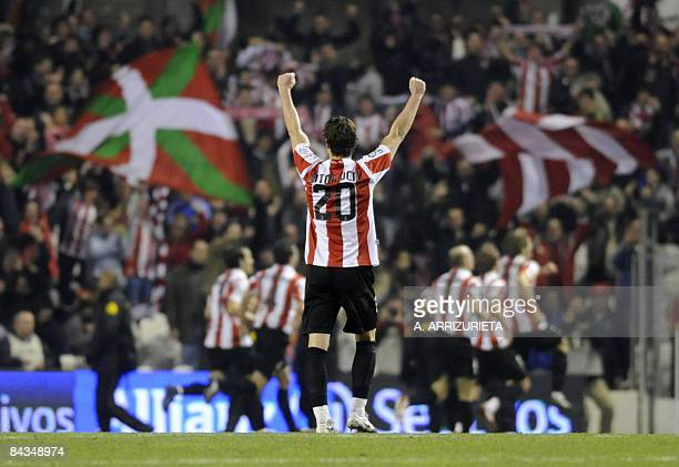 Athletic de Bilbao's Aitor Ocio celebrates after his team scoring the third goal during their Spanish League football match against Valencia at the...