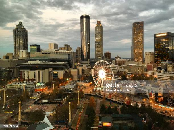 atlanta after sunset - atlanta skyline stock pictures, royalty-free photos & images