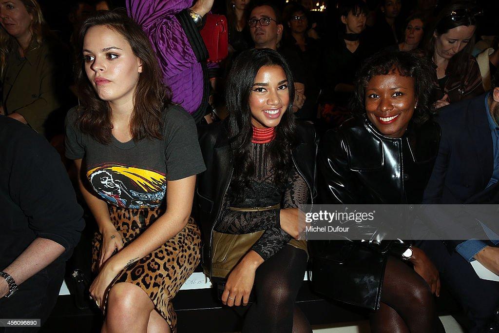 Balmain : Front Row - Paris Fashion Week Womenswear Spring/Summer 2015