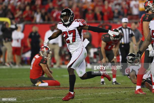 Atlanta Falcons free safety Damontae Kazee signals that the field goal attempt from Tampa Bay Buccaneers kicker Patrick Murray to tie the game as...
