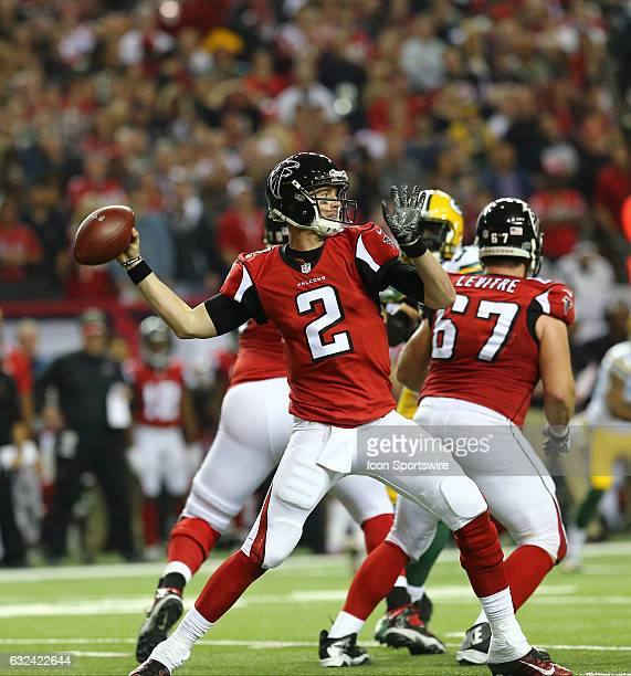 Atlanta Falcons quarterback Matt Ryan throws the ball during the first half of the NFC Championship Game game between the Green Bay Packers and the...
