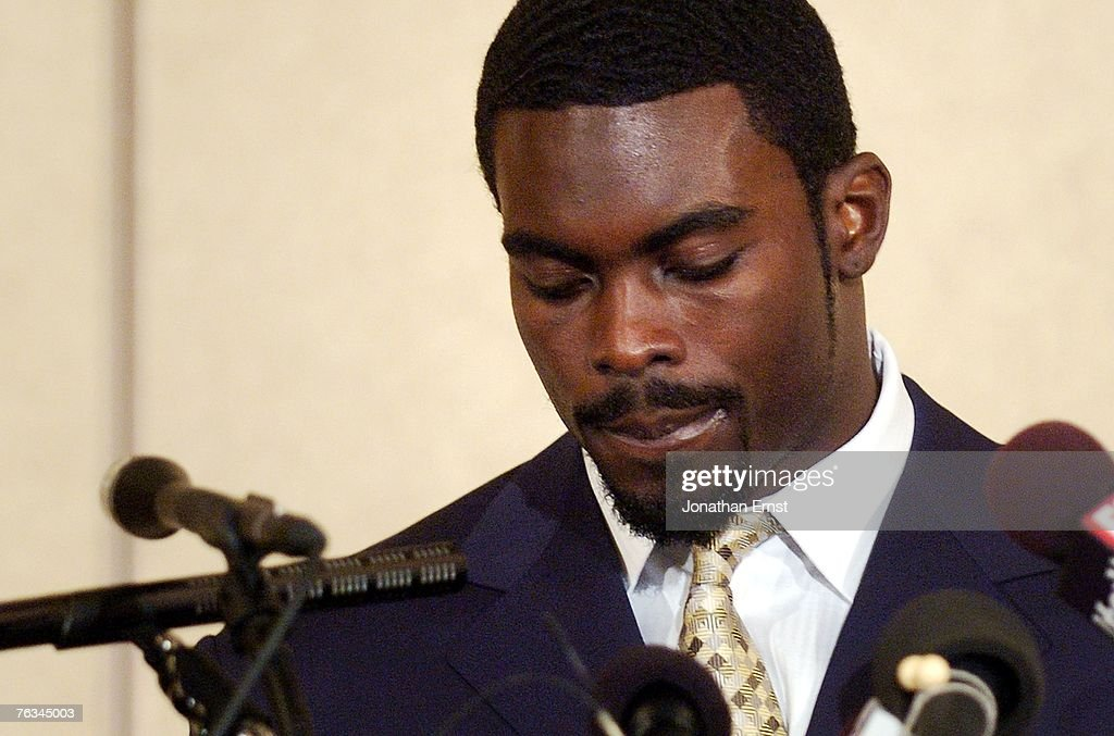 Michael Vick Appears Appears in Court