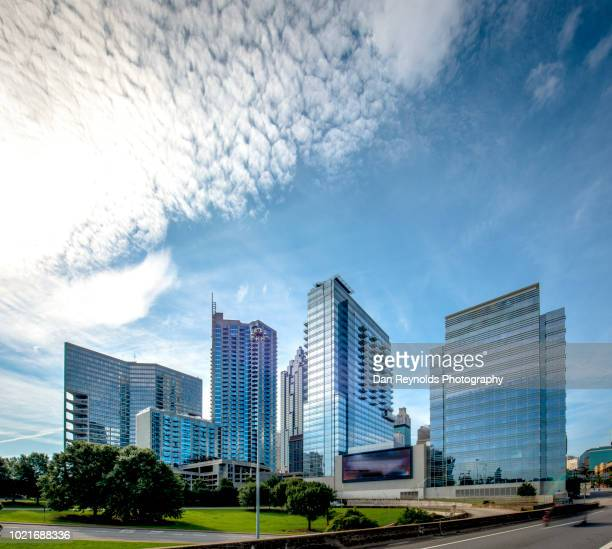 atlanta, georgia skyline - atlanta skyline stock pictures, royalty-free photos & images