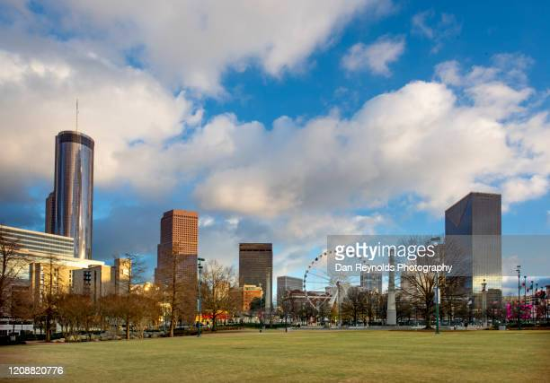 usa, atlanta, georgia skyline - atlanta georgia stock pictures, royalty-free photos & images
