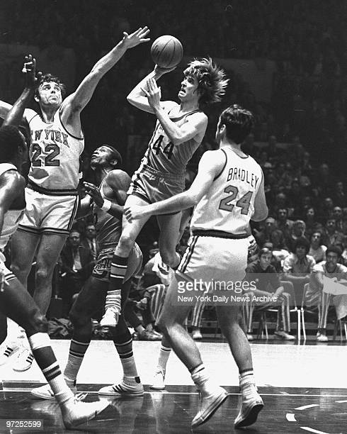 Atlanta Hawks' Pete Maravich was trouble for the New York Knicks but this shot didn't lead to any of 27 points mopheaded Hawk scored at Madison...