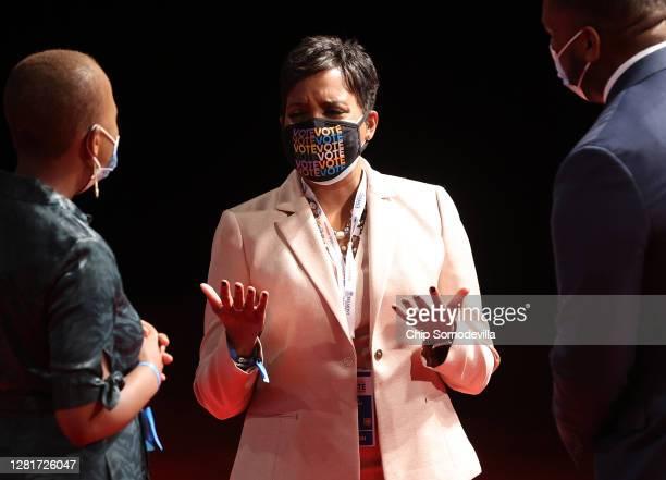 Atlanta Mayor Keisha Lance Bottoms arrives at the final presidential debate between US President Donald Trump and Democratic presidential nominee Joe...