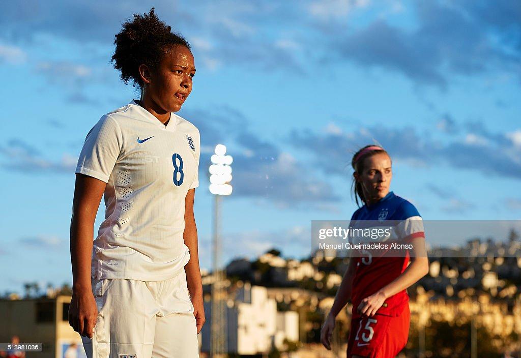 England U19 v USA U19 - International Womens U19 National Teams Tournament : Foto jornalística