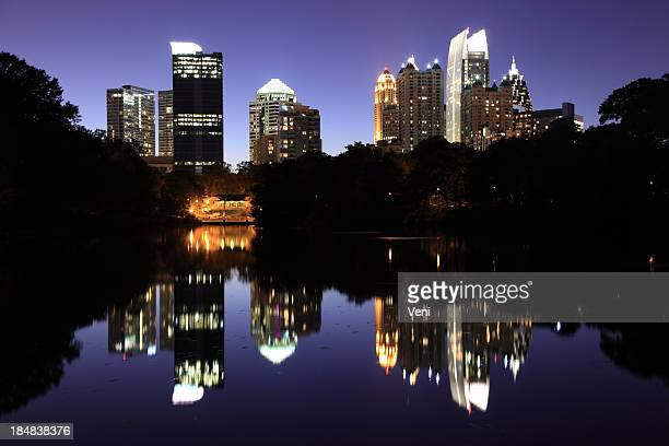 atlanta skyline, georgia - atlanta skyline stock pictures, royalty-free photos & images