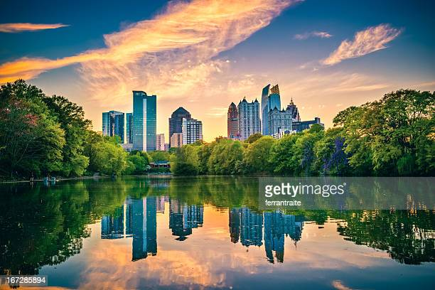 atlanta skyline - atlanta skyline stock pictures, royalty-free photos & images