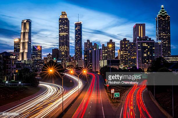 atlanta skyline - atlanta georgia stock pictures, royalty-free photos & images