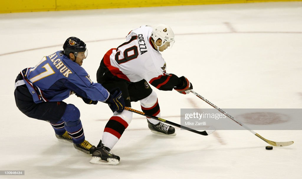 Ottawa Senators vs Atlanta Thrashers - November 8, 2006 : News Photo