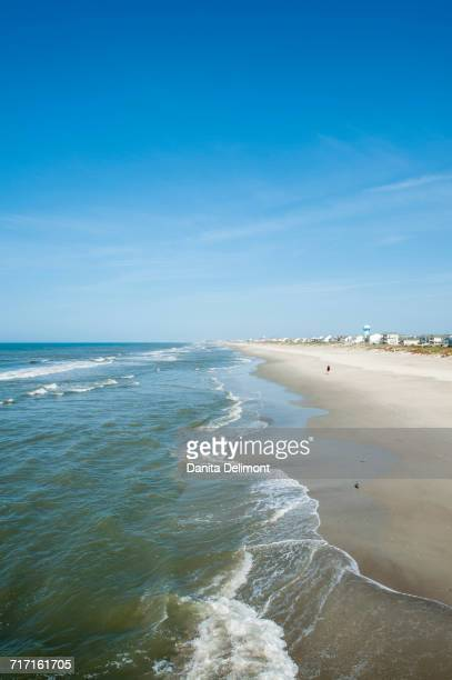 atlantic beach on sunny day, outer banks, north carolina, usa - atlantic beach north carolina stock pictures, royalty-free photos & images