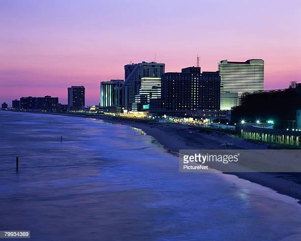 atlantic city coastline and buildings - new jersey foto e immagini stock