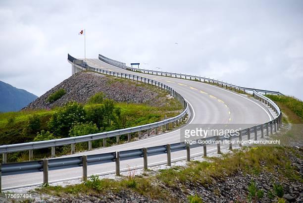 atlantic ocean road storseisundbrua bridge norway - the end stock pictures, royalty-free photos & images