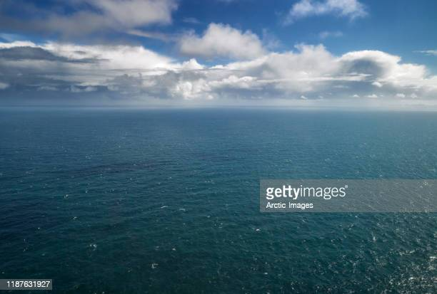 atlantic ocean, south coast, iceland - atlantik stock-fotos und bilder