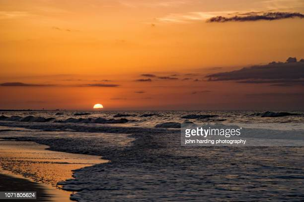 atlantic sunrise - north carolina stock pictures, royalty-free photos & images