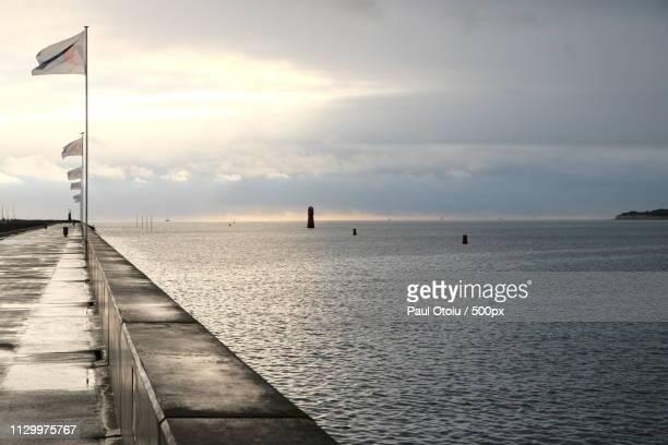 atlantik ocean at la rochelle - atlantik stock pictures, royalty-free photos & images