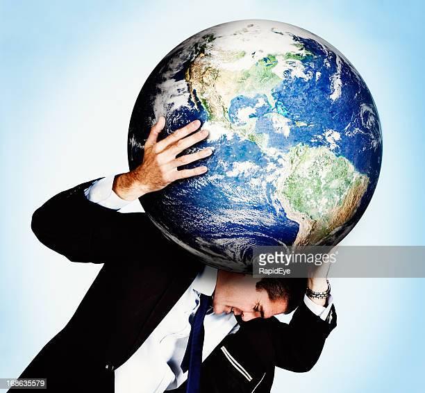Atlas shrugged! Empresário estirpes, trabsportava o mundo sobre os ombros