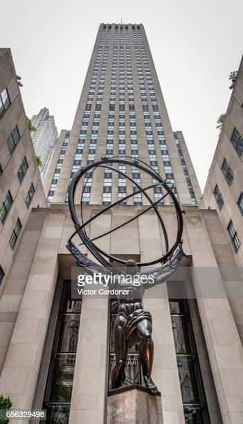 Atlas statue and Rockefeller Center, 5th Avenue, New York