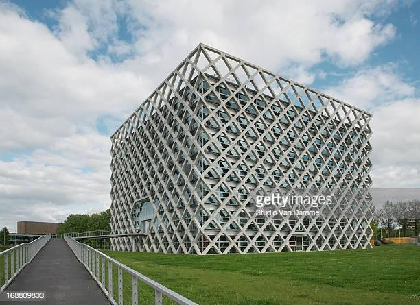 CONTENT] Atlasgebouw by Rafael Vinoly Architects amp Van den Oever Zaaijer Partners Architects University Campus Wageningen The Netherlands