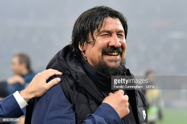 Atletico Madrid assistant manager German Burgos celebrates his team's victory following the UEFA Europa League Final between Olympique de Marseille...