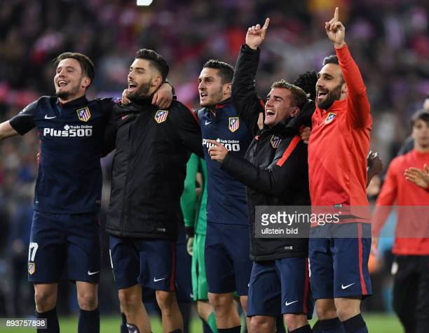 FUSSBALL Atletico Madrid FC Barcelona Schlussjubel Atletico Madrid Saul Niguez Yannick Carrasco Koke Antoine Griezmann und Matias Kranevitter